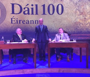 Commemorating the 100th Anniversary of the First Dáil in the Mansion House with Ceann Comhairle Seán Ó Fearghaill and Seanad Cathaoirleach Denis of Donovan.