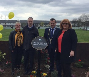 Newbury Environment Group unveils a Peace Garden